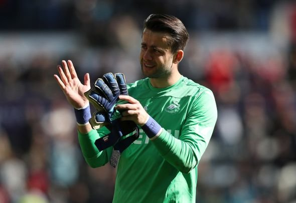 West Ham fans react to Fabianski speculation