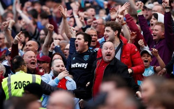 Image for West Ham fans go wild as McAvenie and Cottee reunite