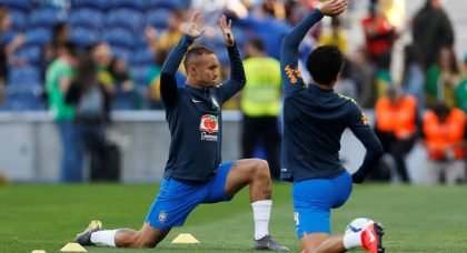 West Ham in hunt for Everton
