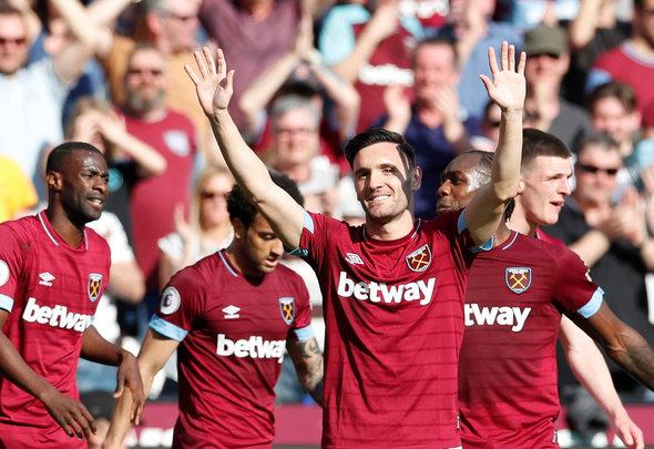 Image for Noble: West Ham fans gave Perez the 'cold shoulder'