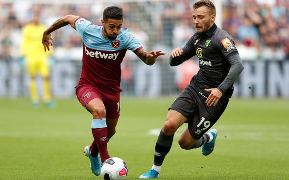 Image for Hugill drools over Lanzini in training