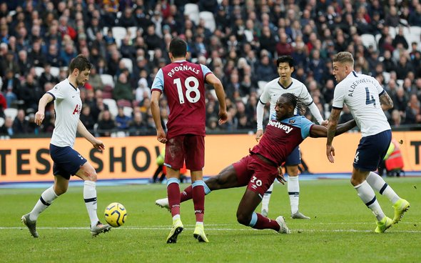 Image for Bent heaps praise on Antonio after Spurs display