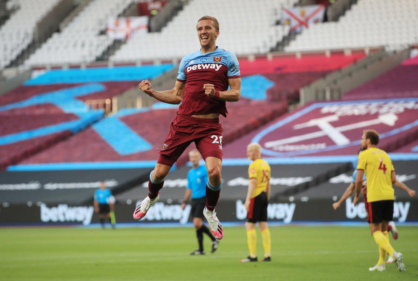 Image for Declan Rice Lauds Tomas Soucek for West Ham Role